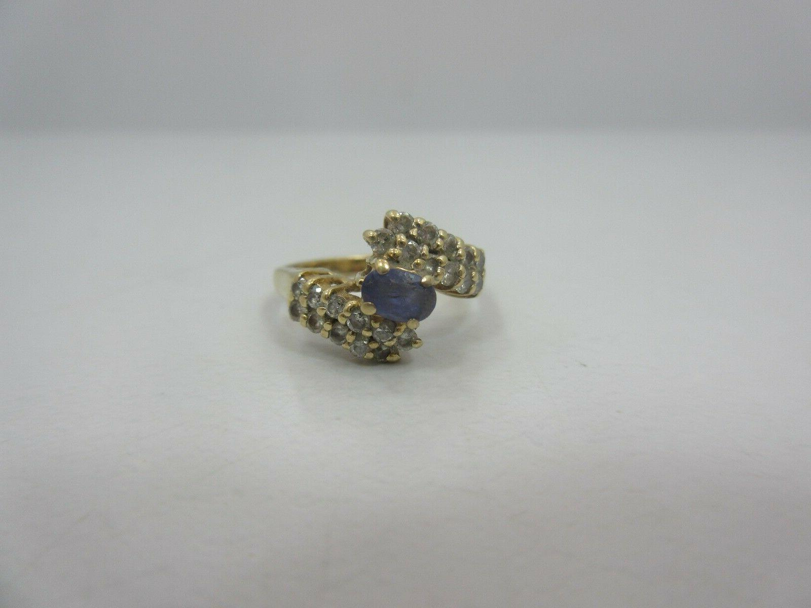 LeVian 14k OVAL RING size 5.5