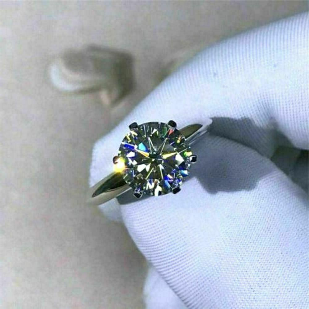 Certified Cut Diamond Engagement in White Gold